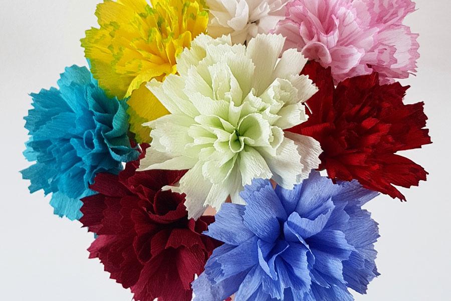 DIY-papieren-bloemen-anjer