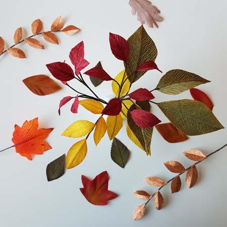 herfstbladeren van crêpepapier diy tutorial mooie herfstkleuren