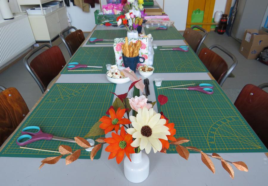 creatieve-workshop-papieren-bloemen-maken